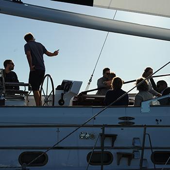 réunion de travail en mer