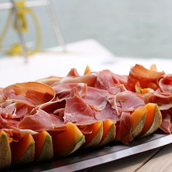 buffet-charentais-en mer